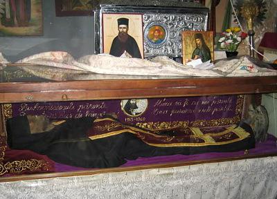 5 august-ziua de prăznuire a sfântului botoșănean Ioan Iacob HOZEVITUL