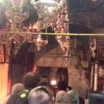 Pelerini la locul unde a fost înălțată Sfânta Cruce