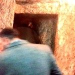 Intrare în temnița unde au stat Iisus și Barabas