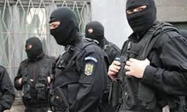 Rețea româno-daneză de înșelăciune și exploatare a persoanelor, cu ramificații și la Botoșani, anihilată!