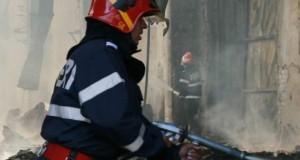 Incendiu într-un bloc din oraşul Darabani