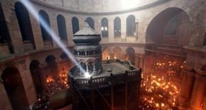 Lumina Sfântă de la Ierusalim ajunge şi în acest an la Botoşani