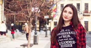 Adolescentă ucisă și abandonată în zona Pacea