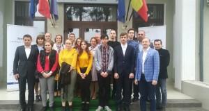 """ROTARY CLUB BOTOȘANI anunță câștigătorii Burselor școlare """"Prof. dr. Constantin Manolache"""" oferite pentru anul școlar anul 2019-2020"""