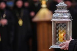 Sfânta Lumină va fi adusă în Sâmbăta Mare și va ajunge în fiecare parohie