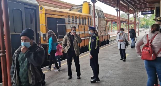 Acțiuni ale polițiștilor pentru verificarea măsurilor impuse de autorități pentru prevenirea și limitarea efectelor pandemiei