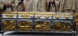 Racla cu moaştele Sf Parascheva nu va mai fi scoasă din Catedrala