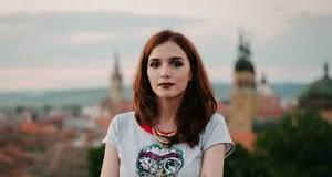 """Deniz Otay – câștigătoarea  Premiului național de poeziei """"Mihai Eminescu"""" – Opus Primum"""