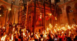 Lumina Sfântă va fi adusă în ţară de la Ierusalim sâmbătă seară