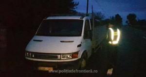 Autoutilitară cu asigurare portugheză falsificată, descoperită în trafic