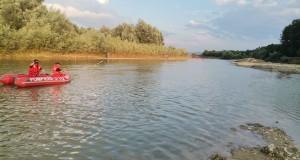 Un tânăr și-a pierdut viața în apele râului Siret