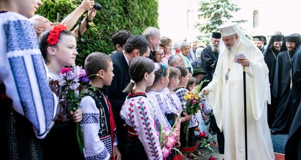 Patriarhul Daniel: Binecuvântare pentru noul an şcolar,pentru elevii și profesorii români de pretutindeni